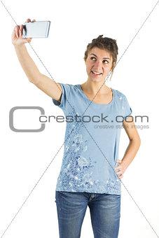 Casual brunette taking a selfie