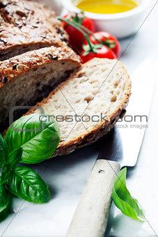 Bread, tomato, basil and olive oil
