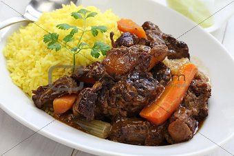 cuban oxtail stew with yellow rice