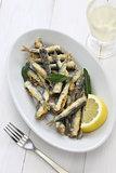 deep fried anchovies