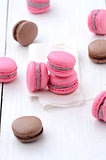 traditional french macarons