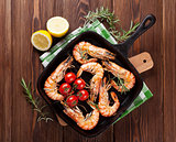 Grilled shrimps on frying pan