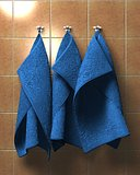 Tree blue towels