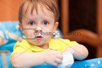 Little boy with face got dirty