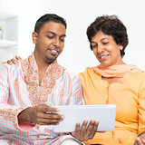 Indian family using social network