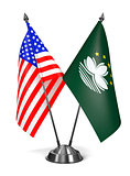 USA and Macau - Miniature Flags.