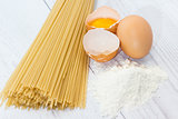 Spaghetti flour and eggs