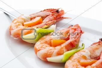 large shrimps with vegeables
