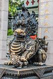 dragon statue Temple Kowloon Hong Kong