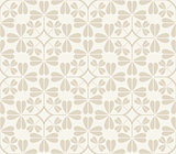 vector seamless pattern with clover leaves.
