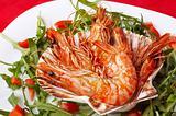 shrimps and rocket salad