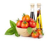 Ripe tomatoes, basil, olive oil, vinegar
