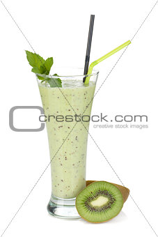 Kiwi milk smoothie with mint