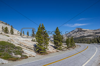 Tioga Pass road in Yosemite National Park