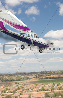 Cessna 172 With Smoke Coming From The Engine Heading Down