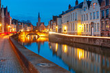 Night Canal Spiegel in Bruges, Belgium