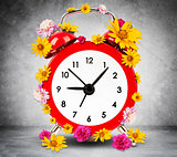 Alarm clock with flowers