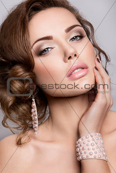 Portrait of beautiful bride. Wedding dress. Hairstyle.
