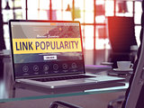 Laptop Screen with Link Popularity Concept.