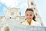 Woman near Cattedrale di Santa Maria del Fiore looking at map
