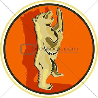 Grizzly Bear Standing Circle Retro