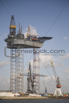 Oil rig 4