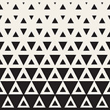 Vector Seamless Black and White Triangle Halftone Pattern