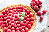 Raspberry tart with custard