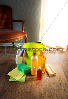 Household wood cleaners