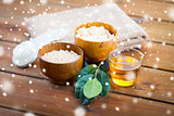 himalayan pink salt, body scrub, brush and honey