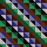 Seamless knitted diagonal geometric pattern