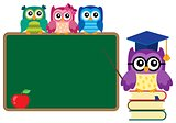 Stylized school owl theme image 4
