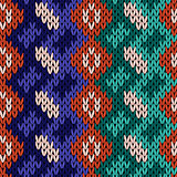 Seamless knitted color pattern