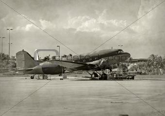 Classic D-C airplane