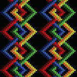 Seamless knitted pattern with intertwining lines