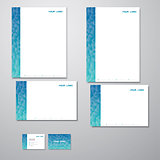 Stationary turquoise/blue triangles
