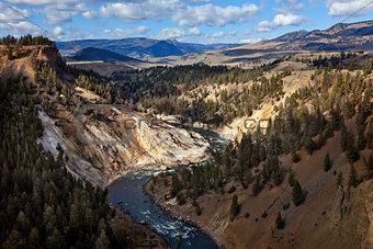 canyon in yellowstone
