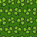 St. Patricks Day seamless pattern with clover. Clover background, texture, paper. Vector illustration.