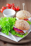 Cheeseburger with salad, onion