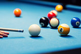 billiard - aiming the cue ball