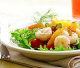 salad with fried prawns with herbs and spices