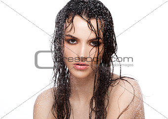 Beauty woman with wet hair and natural makeup