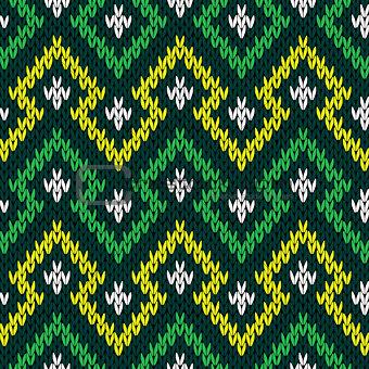 Knitting seamless geometric pattern