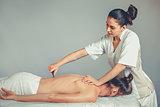 Massage gua, sha therapy