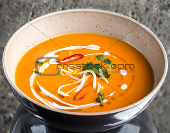 Tomato curry soup