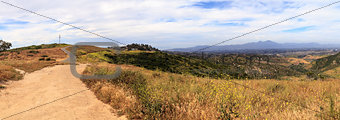 Aliso and Wood Canyons Wilderness Park hiking paths in Laguna Be