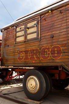Circus caravan with spanish circo lettering