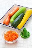 ingredients of vegetable noodles
