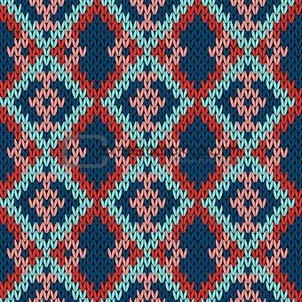 Knitting variegated seamless pattern