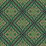 Seamless knitting square pattern